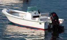 This shows the 19 foot AquaSport motorboat rental that is available at Mansell Boat Rental in Southwest Harbor, Maine next to Acadia National Park. Acadia National Park, National Parks, Bottom Paint, Center Console Boats, Boat Rental, Boat Design, Motor Boats, Photos, Fountain Powerboats