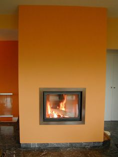 Trou à feu orange, cadre en inox, foyer Stuv 21-85