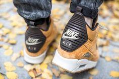 NIKE AIR MAX 90 SNEAKERBOOT WINTER BRONZE/BLACK-BAMBOO-BL RIBBON  available at www.tint-footwear.com/nike-air-max-90-sneakerboot-winter-700  Nike air max 90 sneakerboot boot autumn winter sneakers tint footwear studio munich