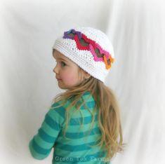 Arcobaleno personalizzato cuori uncinetto ragazze cappello bambino Crochet Cloche con cappello cuori San Valentino fatto di ordinare on Etsy, $18.77