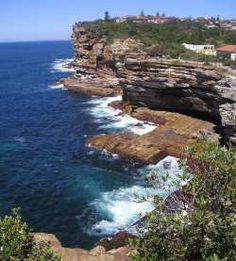 Watsons Bay for Scenic Views, Doyle's seafood restaurant, Holidays & Tourist Destinations Sydney St Peter's Church, Nude Beach, Round Trip, Honeymoon Destinations, Sydney Australia, Places To See, The Good Place, Traveling By Yourself, Beautiful Places