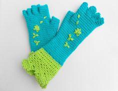 Paloma mittens/ half finger gloves $6.06