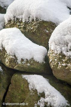 winter 2016, winterlich, schnee auf trockensteinmauer, wilderschönheiten.wordpress.com