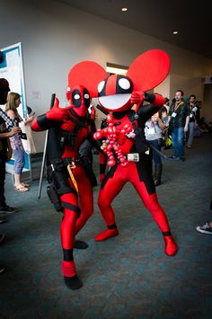deadpool & mau5 LOVE IT! San Diego Comi-con, it's on the bucket list one day ^_^