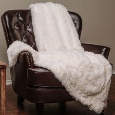 Super Shaggy Elegent Sherpa Long Fur Throw Blanket