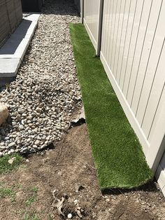 9 Lively Tips AND Tricks: Artificial Plants Office Living Rooms artificial grass small.Artificial Grass On Concrete. Laying Artificial Grass, Artificial Plant Wall, Artificial Turf, Fake Grass, Fake Turf, Artificial Flowers, Home Landscaping, Front Yard Landscaping, Landscaping Edging
