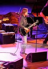 Rock musician Jackson Browne performs at the Jail Guitar Doors All ...