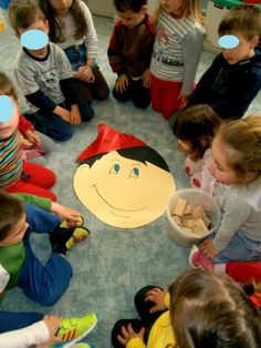 Προσχολική Παρεούλα : Παιχνίδια για την ημέρα της Πρωταπριλιάς !!!!!! Pinocchio, Storytelling, Kids Rugs, Books, Crafts, University, Ideas, Libros, Manualidades