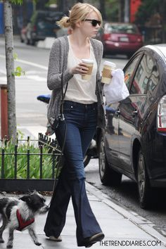 #EmmaStone #fashion and #movies   Emma Stone out in New York City, New York - May 4, 2012    PUBLISHED THURSDAY, MAY 31, 2012