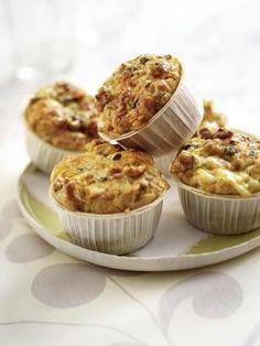 Walnuss-Muffins mit Roquefort
