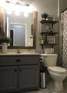 29 Guest Bathroom Ideas to Wow Your Visitors Simple Bathroom Remodel - Every bathroom remodel starts with a design suggestion. From typical to contemporary to beach-inspired, bathroom design choices are New Bathroom Designs, Diy Bathroom Decor, Simple Bathroom, Bathroom Design Small, Bathroom Interior Design, Bathroom Lighting, Bathroom Ideas, Bathroom Organization, Bathroom Storage