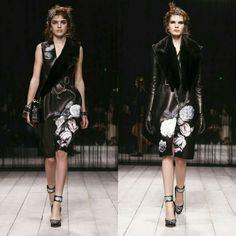 Hot runway trends @Alexandermcqueen Ready To Wear Fall Winter 2016 London #Lfwlive #lfw16 #lomdpnfashionweek #AlexanderMcQueenaw16  #wwd #womenswear #fashionblogs #fashionnews #fashiontrends #runwaytrends #runwaymodels #runwayhair #readytowear #womensfashiontrends #luxury #runwaylooks #fashionbloggers