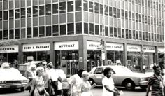 The last automat in the city, Horn and Hadart, 1987. I went there in the late 1980s.