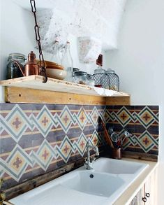 Nice tiles and sinc - Raffaele meurant's house. - That backsplash is so rad. I want it.