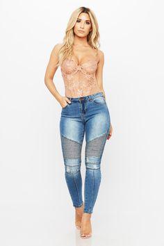 25afeb2f5 Hilary Moto Skinny Jean Jean Outfits, Cool Outfits, Sexy Jeans Outfit, Cute  Jeans