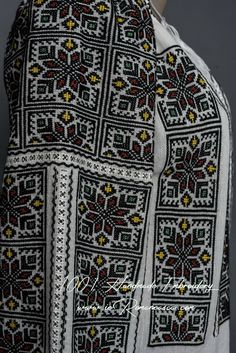 Peasant Blouse, Blouse Dress, Folk Costume, Costumes, Blouse Online, Embroidered Blouse, Embroidery Art, Traditional Outfits, Bohemian Style