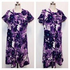 vintage 1960's / purple floral / hawaiian print / pockets /  summer aloha dress / bow detail