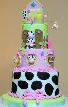 Farm Party, Princess Birthday, Baby Animals, First Birthdays, Cow, Bolo Fake, Baby Shower, Desserts, Cakes
