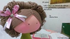 Doll hair tutorial.  Site needs Google translate.