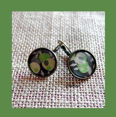 Dormeuses liberty wiltshire vert 18 mm : Boucles d'oreille par crocmyys