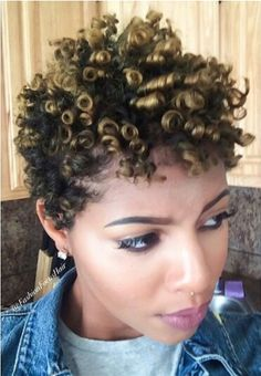 35 Transitioning Hairstyles For Short Hair - Hair Styles - Hair Style Ideas Natural Hair Growth, Natural Hair Journey, Natural Curls, Curly Hair Styles, Natural Hair Styles, Perm Rod Set, Transitioning Hairstyles, Pelo Natural, My Hairstyle