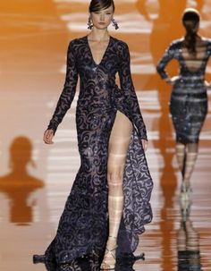 Rochii de seara/rochii de seara 2015 Gown With Slit, Bridal 2015, Evening Dresses, Formal Dresses, Costume, Fashion Line, Women's Fashion, Designer Gowns, Lovely Dresses