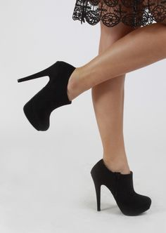 Rounded Toe Booties With Stilleto Heel #booties #heels #shoes #kieus