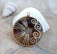 Tiger eye donut