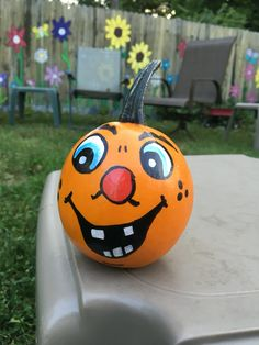 Painted pumpkins 2016 Fall Pumpkins, Halloween Pumpkins, Halloween Crafts, Halloween Decorations, Halloween Party, Halloween Ideas, Pumpkin Decorating, Fall Decorating, Pumpkin Carving