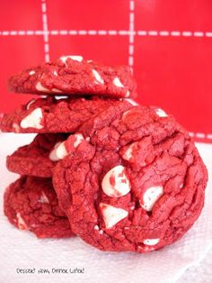 Red Velvet White Chocolate Chip Cookies with a cake mix - add 1 cup of sugar and 2 teaspoons of vanilla for added deliciousness! OMG!