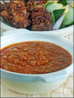 Best chicken satay sauce recipe - Chicken like recipes Sate Sauce Recipe, Sauce Recipes, Chicken Recipes, Cooking Recipes, Sambal Recipe, Idli Recipe, Tilapia Recipes, Punch Recipes, Fruit Recipes