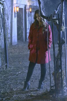 Is Alison alive? Find out on TONIGHTS #PLLhAlloween special at 8/7c on ABC Family!