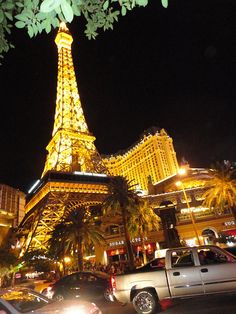 Vegas by Mont Auer, via Flickr