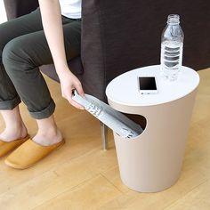 収納BOXやゴミ箱としても使える、シンプルモダンなサイドテーブル。やわらかな雰囲気で、リビングや寝室に溶け込みます。