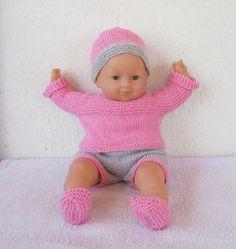 Habits poupon 36 cm - layette rose et grise au tricot