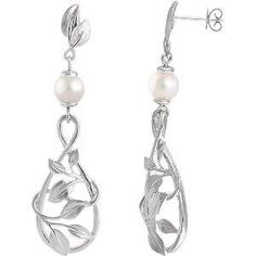 Versatile pearl earrings perfect for everyday wear featuring freshwater cultured pearls in 14K white gold.