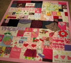 baby clothing quilt from http://www.jellybeanquilts.com
