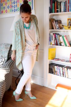 #blogger Bryarly in a Deb Shops aztec #mint #sweater