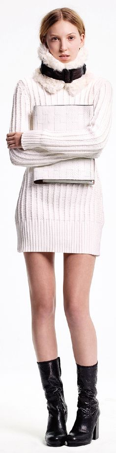 Needs tights; her legs look cold, lol. Calvin Klein Collection Pre-Fall 2015