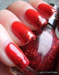 Red easy Christmas nail art