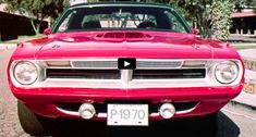 This is the original 1970 Plymouth Cuda sales features video from the Chrysler Master Technician Service Conference Training Series. How cool is that?