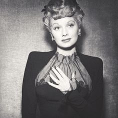 Lucille Ball, star of I Love Lucy, wearing the large cushion-cut diamond engagement ring given to her by co-star and husband Desi Arnaz.
