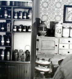 Home Interiors 1900s Pantry (Note the pies ...mmm pie)