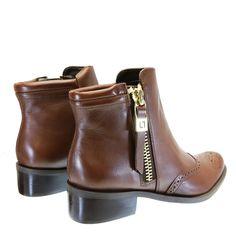 Bota Cano Curto Tabaco 2466 Luz da Lua | Moselle sapatos finos femininos! Moselle sua boutique online.