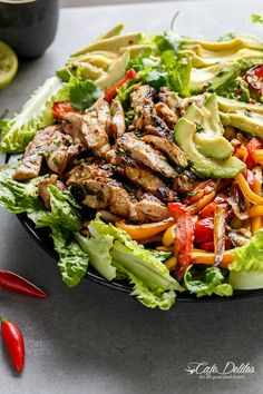 Grilled Chilli Lime Chicken Fajita Salad Here is where food lovers belong Chicken Fajita Salad Recipe, Chili Lime Chicken, Chicken Fajita Casserole, Chicken Recipes, Chicken Fajitas Salad, Fajita Recipe, Mexican Chicken, Main Dish Salads, Cooking Recipes