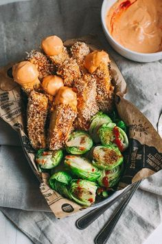 Baked Tofu Fries With Spicy Sriracha Dipping Sauce – The Blonde Chef
