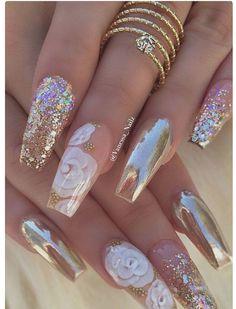 J nails, glam nails, bling nails, nails coffin nails, glitte Cute Acrylic Nails, Acrylic Nail Designs, Cute Nails, Pretty Nails, Gold Nail Designs, Nails Design, Acrylic Nails For Summer Glitter, Rhinestone Nail Designs, Sparkle Acrylic Nails