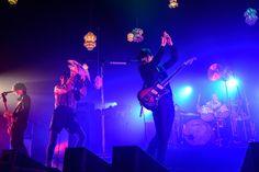 【ライブレポート】[Alexandros]、ウェルアレで見せた「人生は最高になる」という反逆   BARKS Location History, Rock Bands, Welcome, Shit Happens, Live, Concert, Studio Coast, Concerts