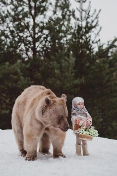 Moscow-based photographer Olga Barantseva has built quite an oeuvre of mesmerizing imagery consisting of models posing with animals such as bears, wolves,