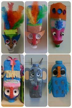 Knutselen voor de bovenbouw. Gemaakt door groep 6. Gemaakt van (melk)flessen… Water Bottle Crafts, Plastic Bottle Art, Plastic Art, Paper Mache Diy, Paper Mache Sculpture, Diy For Kids, Crafts For Kids, Arts And Crafts, Paint Brush Art
